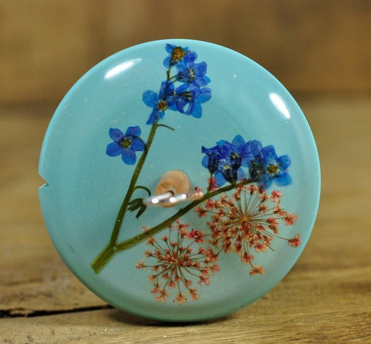 Resin Drop Spindle - Forget-me-not and Pink Lace Flower