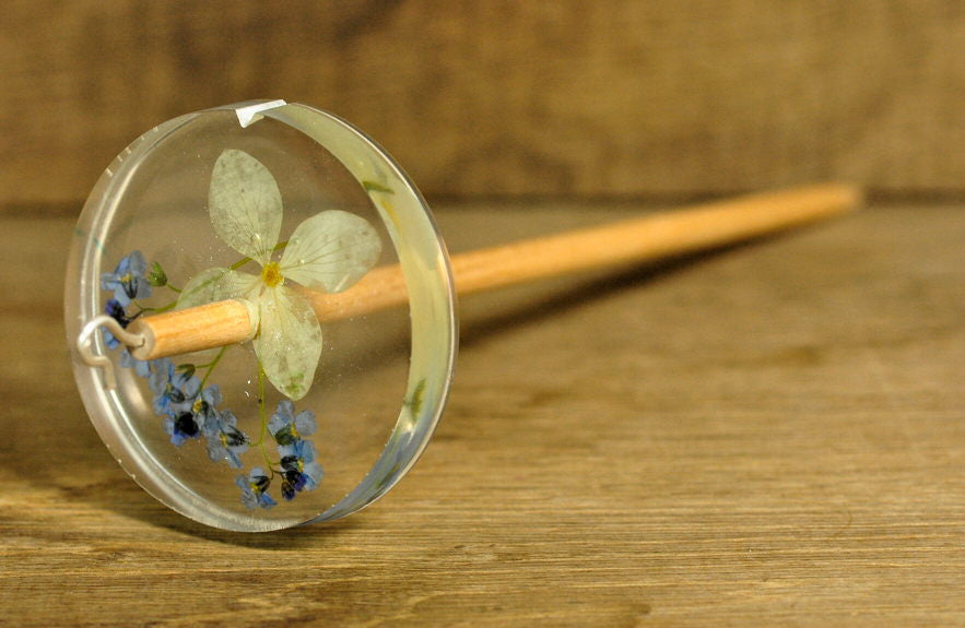 Botanical Top Whorl Resin Drop Spindle - White Hydrangea and Forget-Me-Not