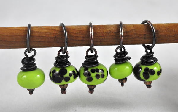 Lampwork Stitch Marker Set - Dotty Lime