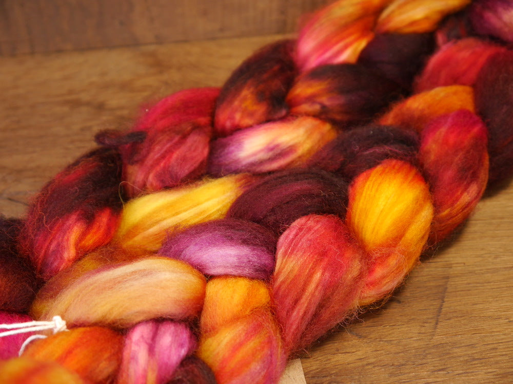 Hand Dyed Superwash English Wool with Nylon Blend Top for Spinning, - 'Firecracker'