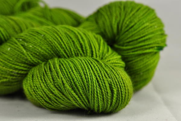 "Hand Dyed Merino Sparkle 4ply Semi-Solid Yarn (Torquay 4ply) - ""Grass"""