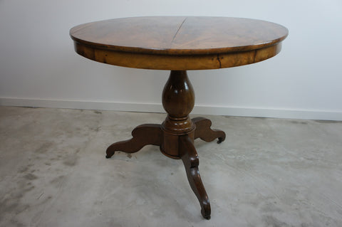 19th Century Walnut Wood Gueridon Pedestal Table