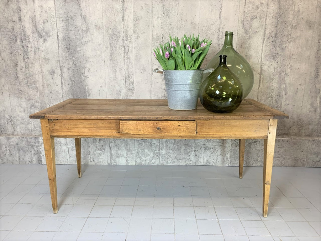 165cm Farmhouse Table with 1 Drawer and Tapered Legs