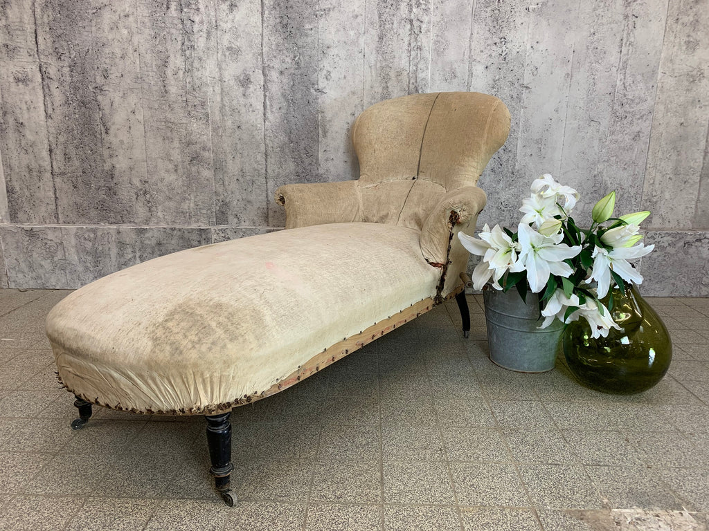 19th Century Napoleon III Chaise Longue to Reupholster