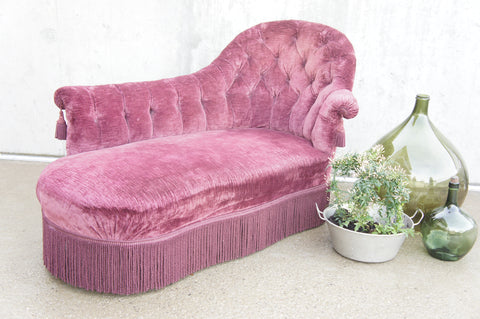 19th Century French Chaise Longue with Mulberry Coloured Velvet