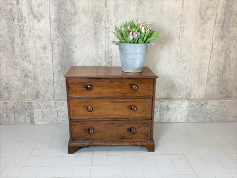 88.5cm Wide Three Drawer 1800's Mahogany Veneer Chest of Drawers