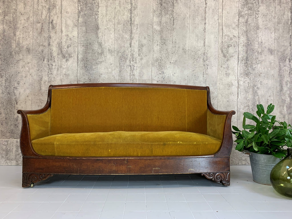 1900's Gold Mohair Velvet and Mahogany Canape Sofa