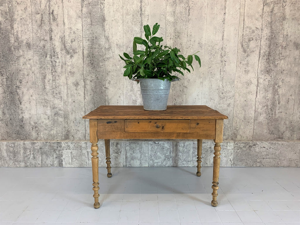 101cm Pine Turned Leg Table Desk with Undulated Top