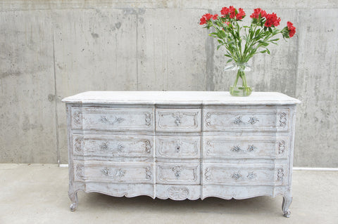 Provencal Style White Chest of 9 Drawers Sideboard