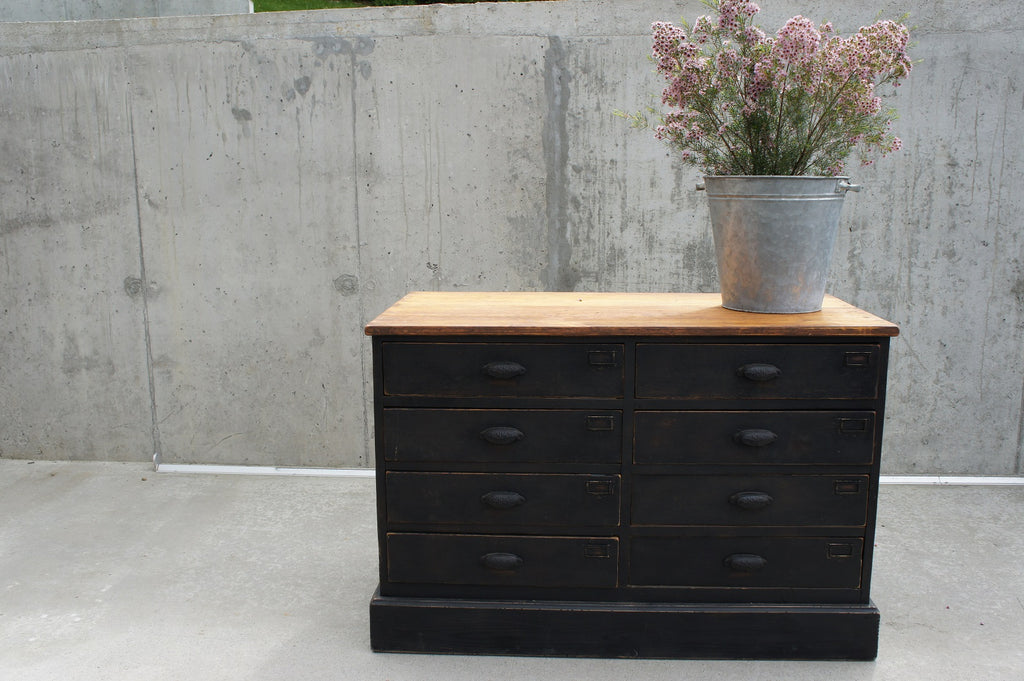 Black Factory Sideboard Chest of 8 Drawers