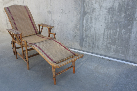 1900's Wicker Chair and Detachable Ottoman Chaise Longue