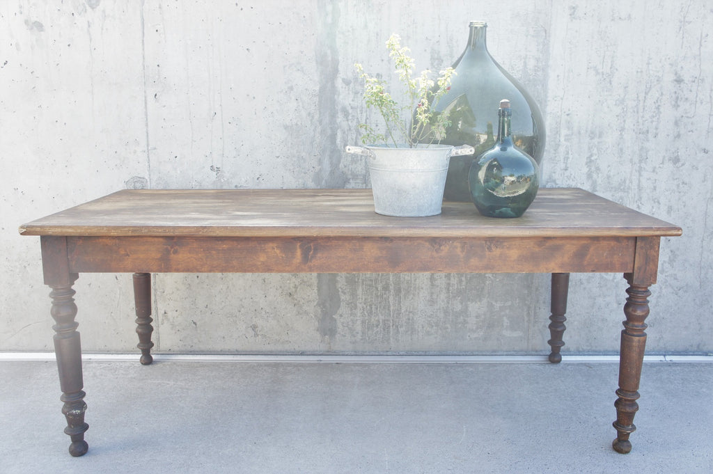 191cm Rustic Pine Dining Table with Turned Legs