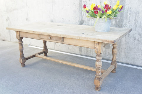 200.5cm Oak Farmhouse Dining Table