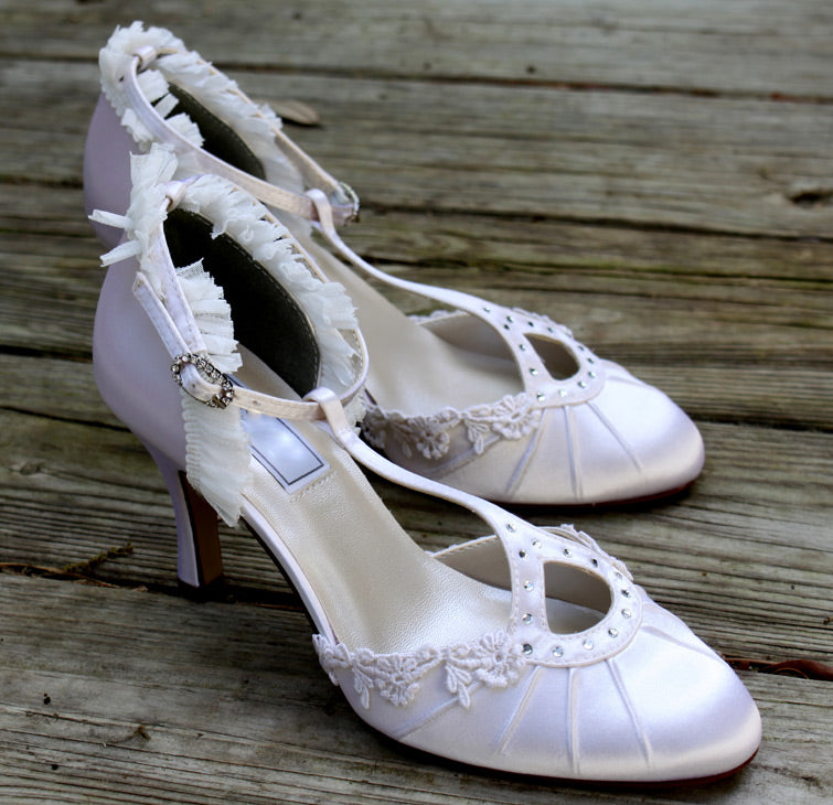 flapper style wedding shoes