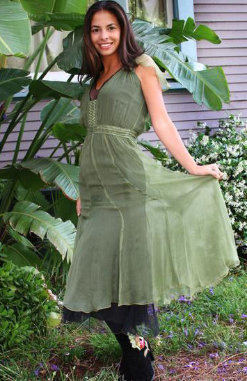 Nataya vintage style dress in green