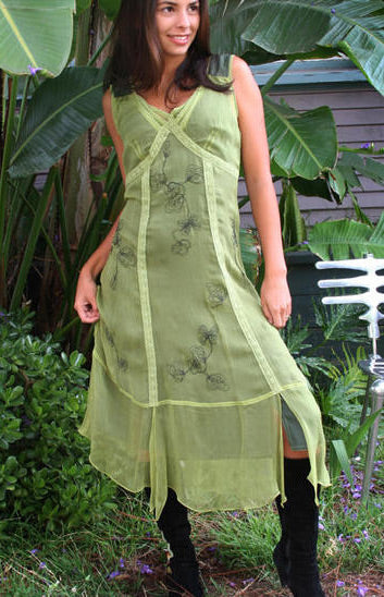 vintage style dresses with embrodiery
