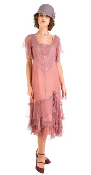 1920s flapper day wear
