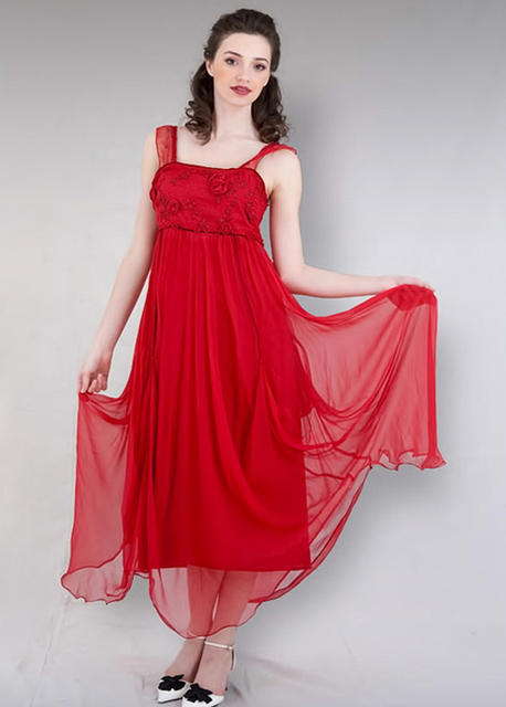 vintage inspired lady in red look