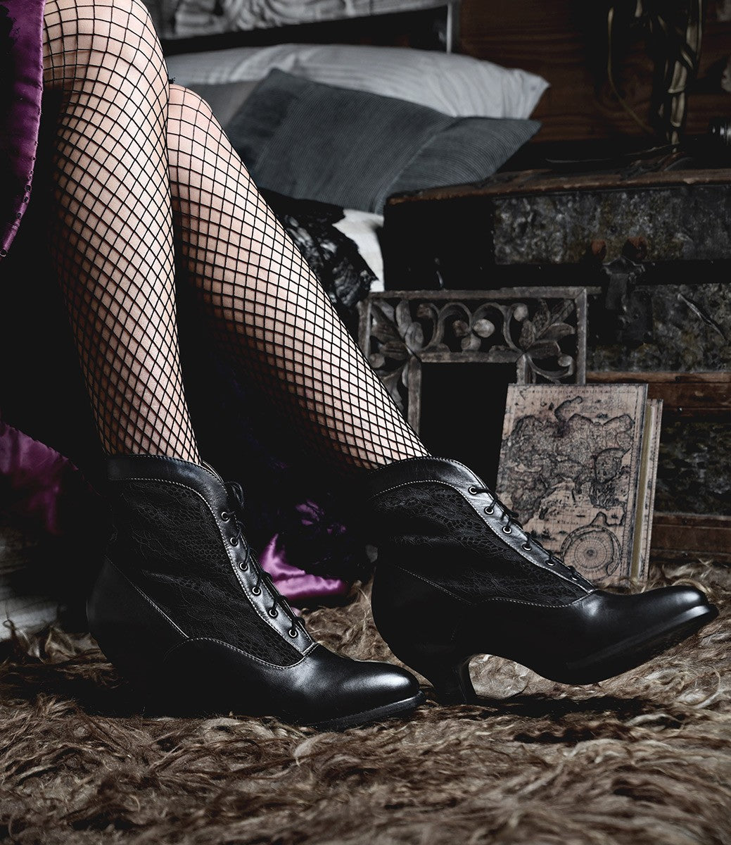 Edwardian Shoes & Boots | Titanic Shoes Vintage Style Victorian Lace Up Leather Boots in Black Rustic $235.00 AT vintagedancer.com