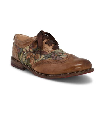 MAUDE WING-TIP RIDING SHOES IN TAN RUSTIC