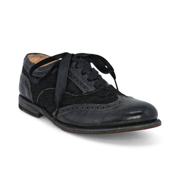 MAUDE WING-TIP RIDING SHOES IN BLACK