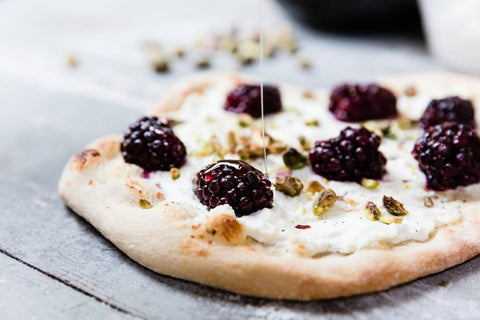 uuni pizza with blackberries