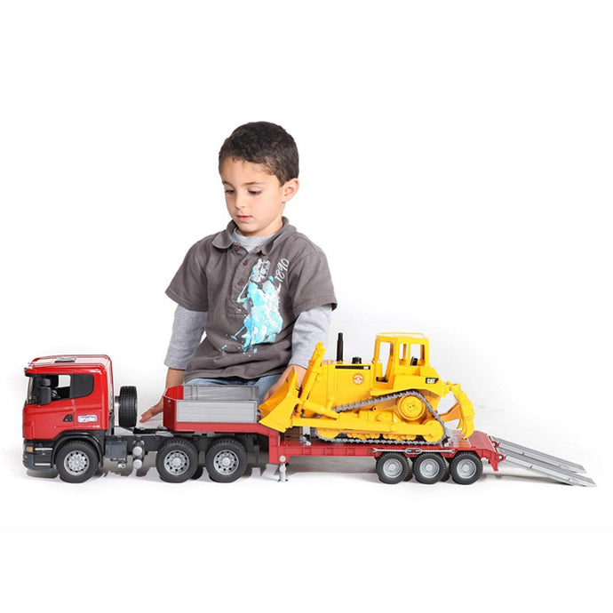 BRUDER 1:16 SCANIA R-series Low loader truck, Cat® Bulldozer