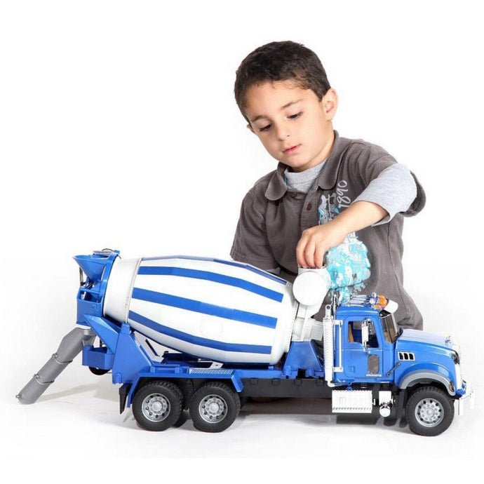 BRUDER MACK Granite Cement Mixer 1:16