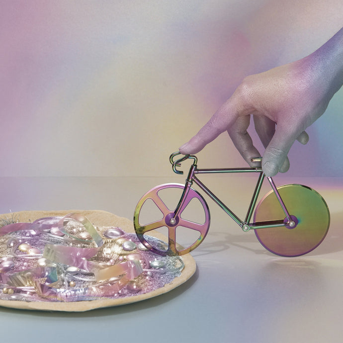 DOIY | The Fixie Metallic Pizza Cutter - Irridescent