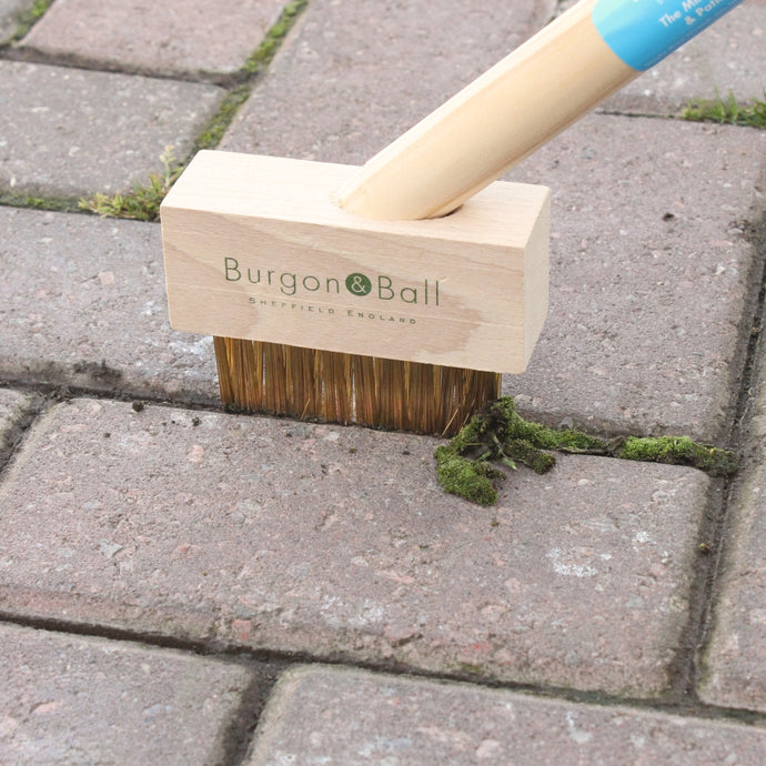 BURGON & BALL  Long Handled Miracle Block Paving Brush