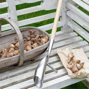BURGON & BALL Long Handled Bulb Planter featured picture