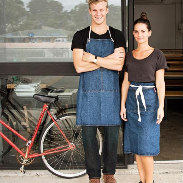 ANNABEL TRENDS | Half Apron - Denim in use