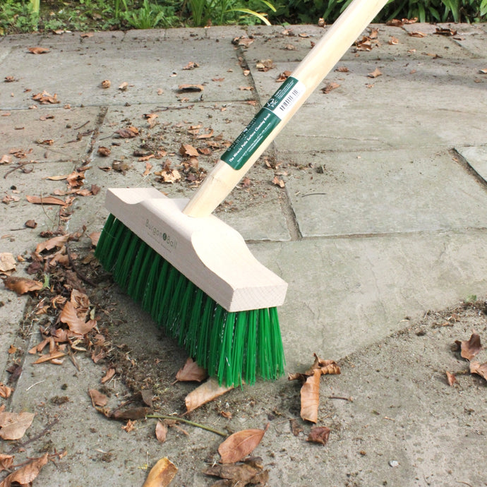 BURGON & BALL  Miracle Patio Surface Cleaning Brush