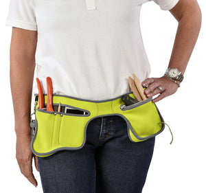 BURGON & BALL | Poc-kit Gardener's Utility Belt - Eucalyptus in use
