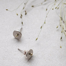 Load image into Gallery viewer, circle dot ear studs with 14k gold dot mezereem jewelry