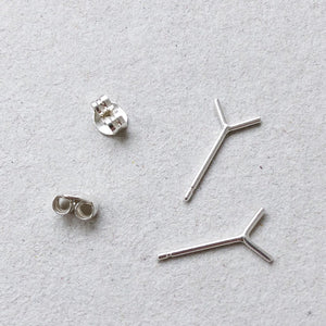 silver v shaped ear posts