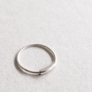 fiddle ring in silver