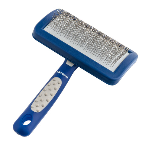 ARTERO Protected Teeth Slicker Brush