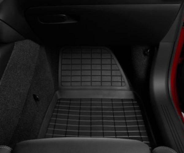 Volvo XC40 Moulded Plastic Floor Mats (Manual)