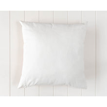 Load image into Gallery viewer, Pink Spotted Tufted Cushion - Vida Style