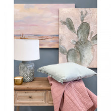 Load image into Gallery viewer, Dusty Pink Quilted Throw - Vida Style