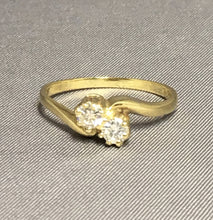 Load image into Gallery viewer, 18ct Yellow Gold & Diamond Ring