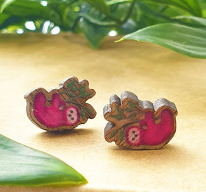 Sloth stud earrings