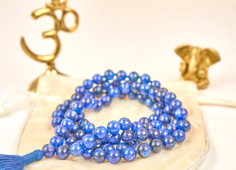 Kyanite mala (8mm beads)