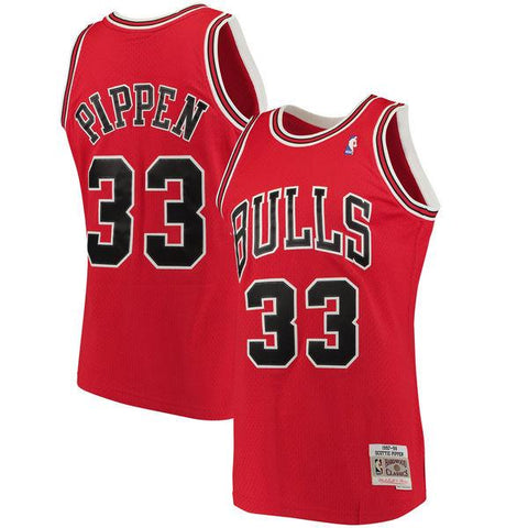 Mens Chicago Bulls Scottie Pippen Mitchell & Ness Red 1997-98 Hardwood Classics Swingman Jersey
