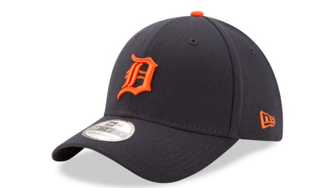 Mens Detroit Tigers Road Team Classic 39THIRTY Flex Fit Hat By New Era