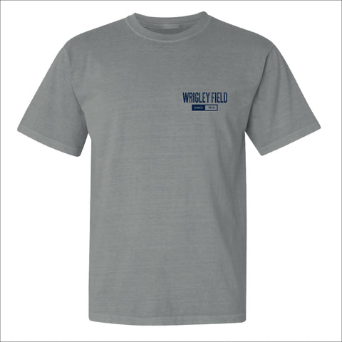 Men's Wrigley Field Gray Smokey Arch Tee