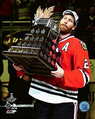 "Chicago Blackhawks Duncan Keith with the Conn Smythe Trophy 2015 Stanley Cup Champions (Size: 8"" x 10"")"