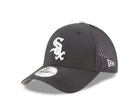 Chicago White Sox Performance Pivot 9FORTY Adjustable Hat By New Era