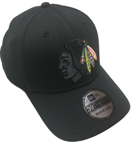 Chicago Blackhawks Graphite Face 39THIRTY Performance Flex Fit Cap By New Era